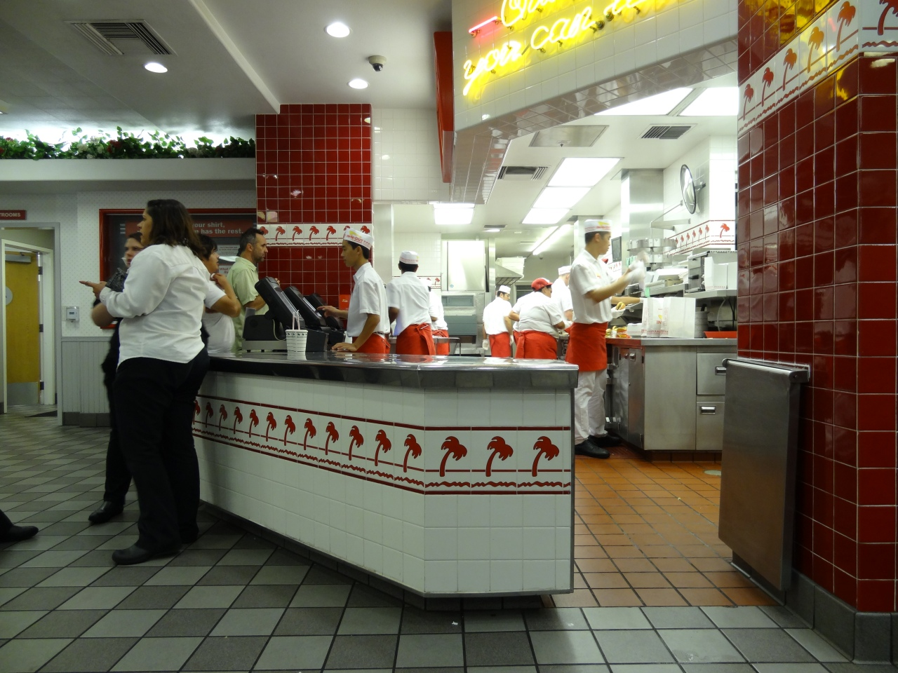 Dinner at In 'N Out Burger (with ingredients you can pronounce)