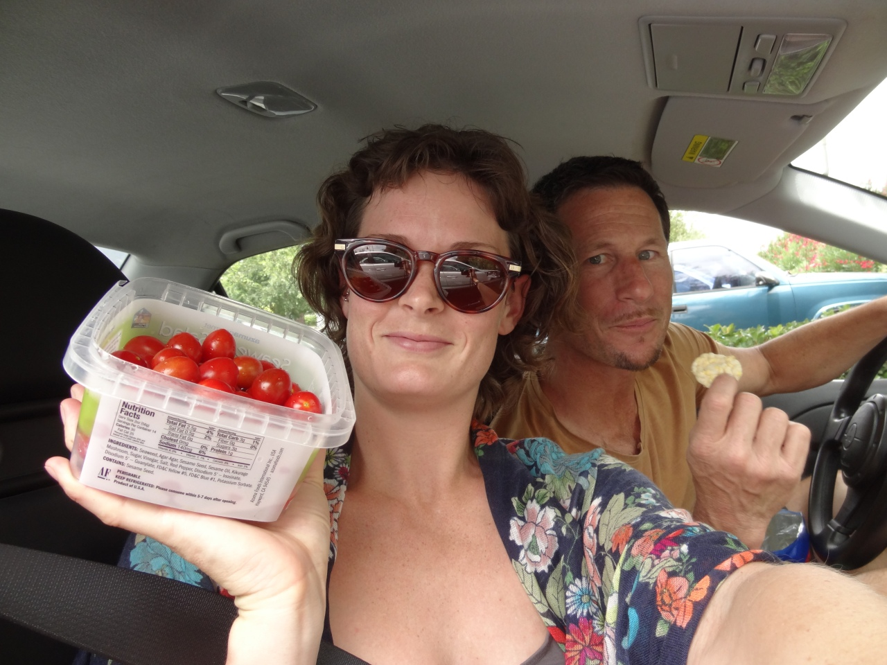 Lunch in the Car like a True American!