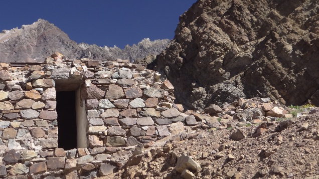 Shelter, Iglesia Pass - CHILE